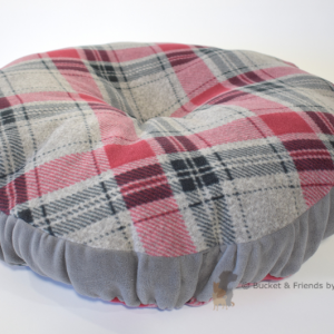 Warm deluxe fleece dog cat pet pillow. Gray and red plaid.