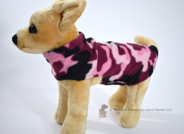 Soft and warm fleece dog coat size extra small by bucketandfriends.com. Pink camo.