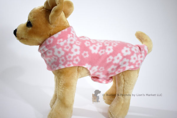 Soft and warm fleece dog coat size extra small by bucketandfriends.com. Pink with white flowers.