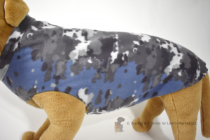 Soft and warm fleece dog coat size extra large by bucketandfriends.com. Blue and gray camo.