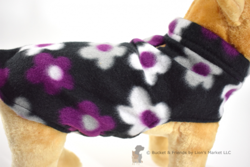 Soft and warm fleece dog coat size extra small by bucketandfriends.com. Black with purple white and gray flowers.